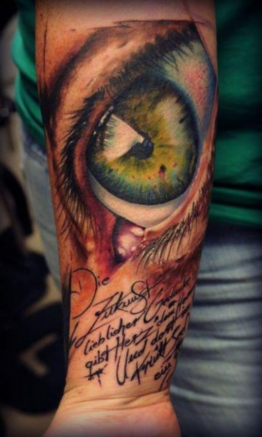 Lovely realistic tattoo