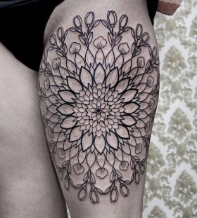 Lovley flowers tattoo by Chaim Machlev