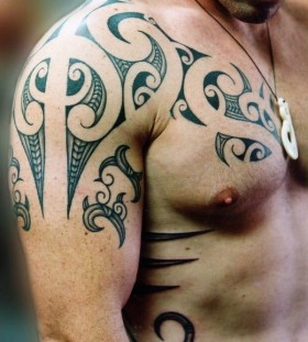 Men shoulder asian tattoo