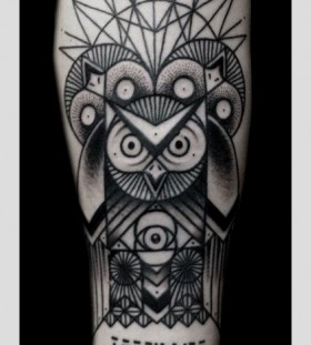 Ornaments and owl tattoo made by Berlin artist