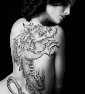 Pretty woman dragon tattoo