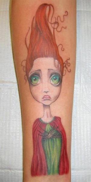Weird girl red tattoo