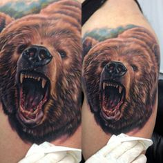 3D style, realistic bear tattoo on shoulder