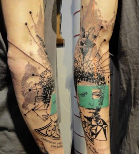 Adorable black and green tattoo by Xoil