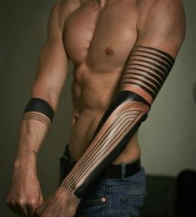 Amazing black line tattoo on arm