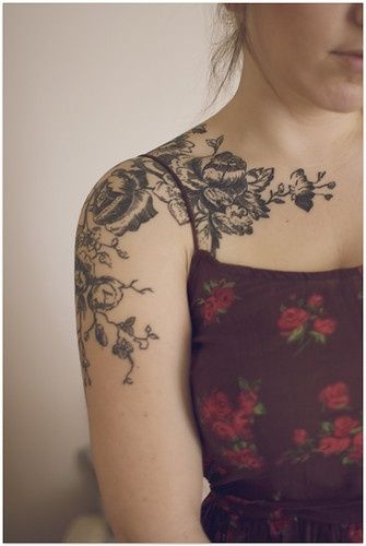 Black simple tree tattoo on shoulder