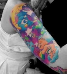 Colorful pretty bear tattoo on arm
