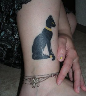 Egypt style cat tattoo on leg