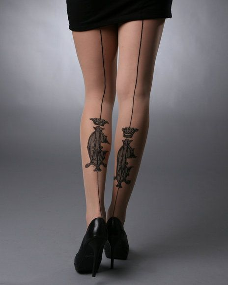 King and lovely line tattoo on leg