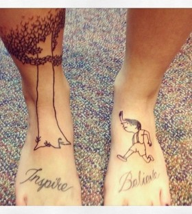Legs believe incredible tattoo