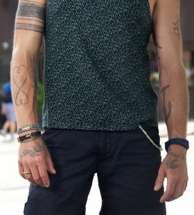 Lovely black line tattoo on arm