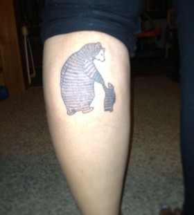 Lovely mummy and child bear tattoo on leg
