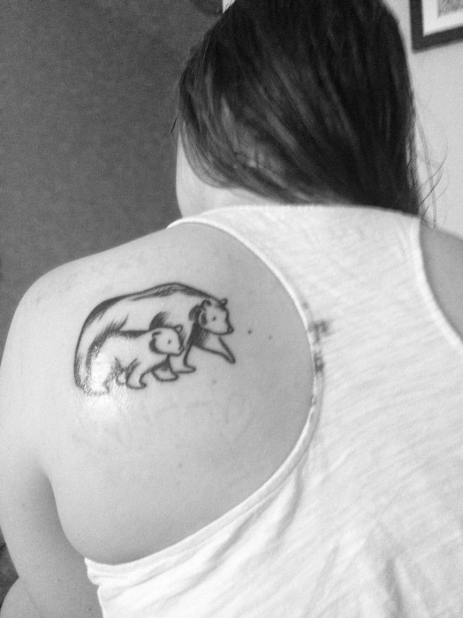 Mother and baby bear tattoo on shoulder