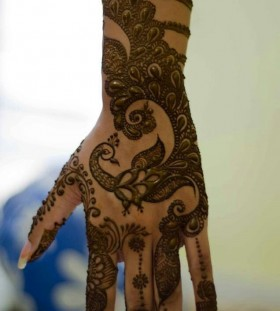 Best black Henna and Mehndi design tattoo