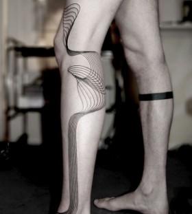 Black lines geometric tattoo on leg
