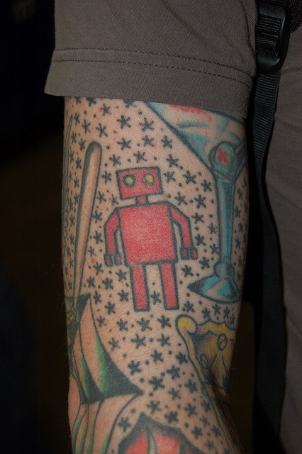 Cute lovely red robbot tattoo