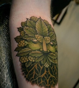 Forests king green tattoo