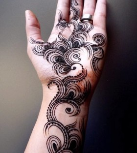 Silver ring and Henna and Mehndi design tattoo