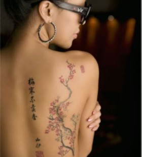 Women with glasses chinese style tattoo