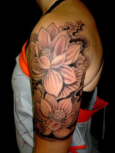 Black And White Flower Tattoos on Half Sleeve