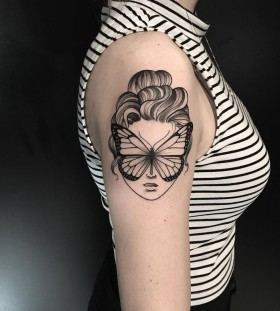 amazing-butterfly-tattoo-by-miltonreistatuador