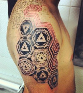 Amazing geometric tattoo by Brian Gomes
