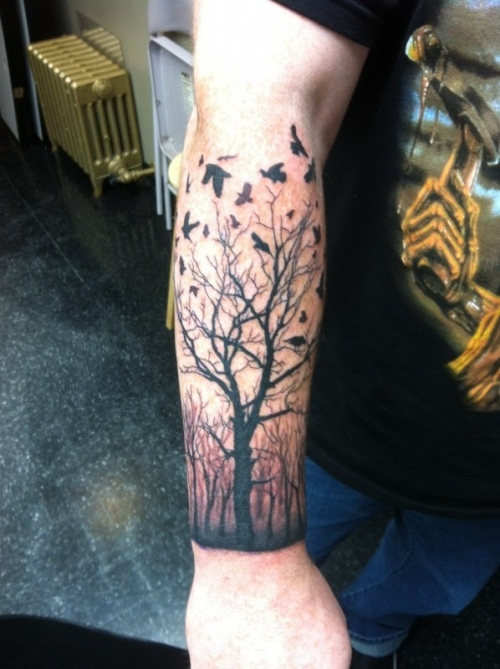 Awesome dead tree and birds tattoo