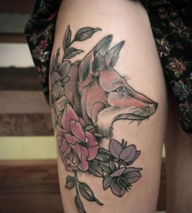 Awesome fox and flowers tattoo by Kirsten Holliday