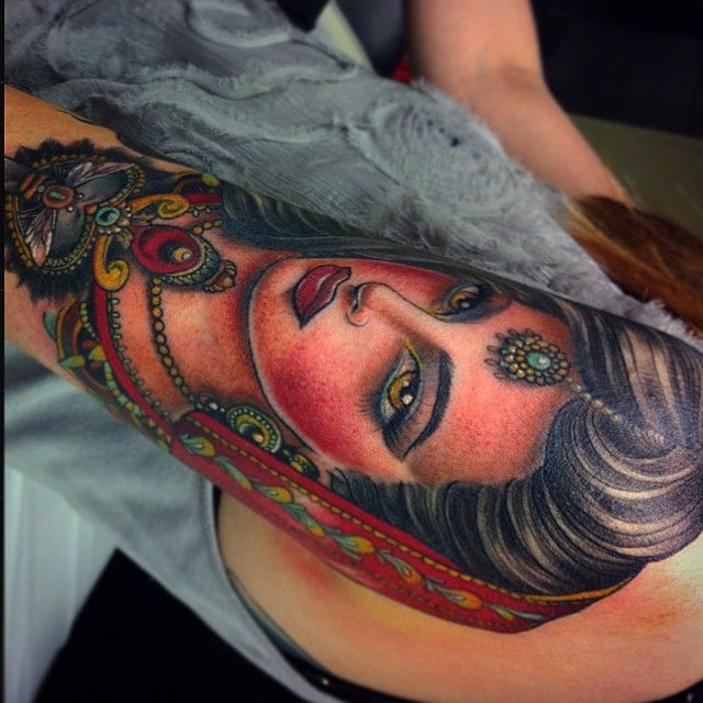 Beautiful woman tattoo by Flo Nuttall