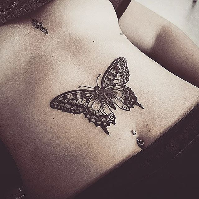 belly-butterfly-tattoo-by-alexbawntattoo