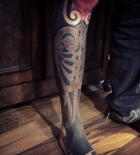 Brilliant leg tattoo by Gerhard Wiesbeck