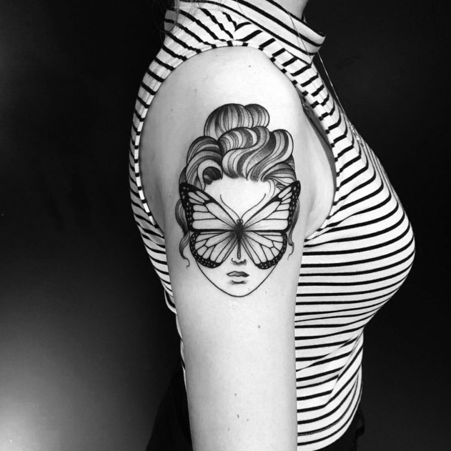 butterfly tattoo by miltonreistatuador