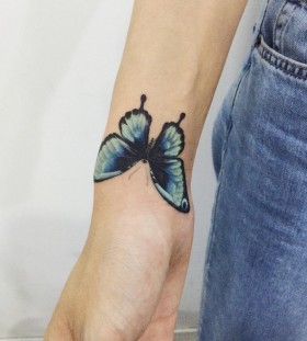 colorful-butterfly-tattoo-by-tattooist_doy