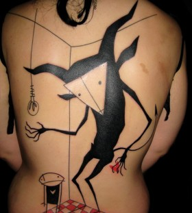 Cool back tattoo by Yann Black