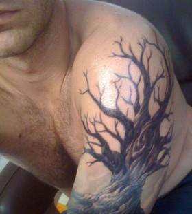 Cool oak tree arm tattoo