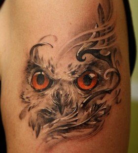 Cool owl tattoo by Dmitriy Samohin
