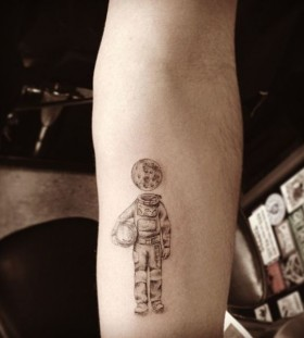 Creative spaceman tattoo by Dr Woo
