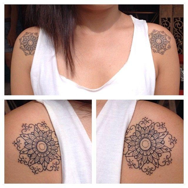 Cute shoulder tattoos by Pepe Vicio