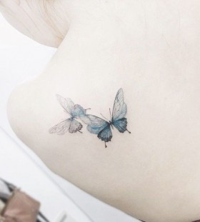 dainty-shoulder-butterfly-tattoos-by-tattooist_flower