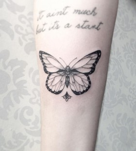 delicate-butterfly-tattoo-by-sandracunhaa