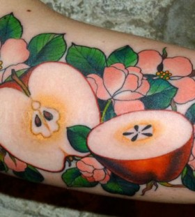 Delicious looking apples food tattoo