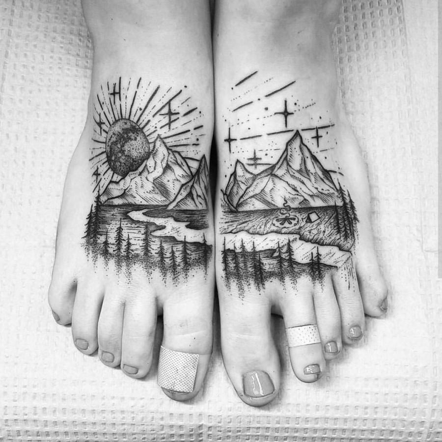 feet tattoos by thomasetattoos