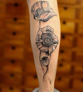 Flowers arm tattoo by Chen Jie