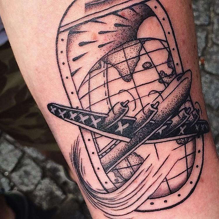 franck-pellegrino-bleunoir-travel-blackwork-tattoo