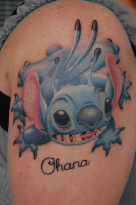 Funny Stitch ohana tattoo
