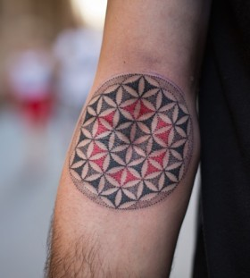 Geometrical arm tattoo by Pepe Vicio