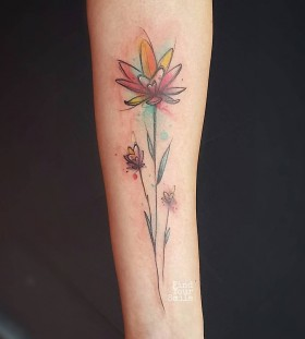 heart-flowers-watercolor-tattoo