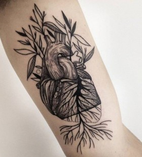 Heart tattoo by Michele Zingales