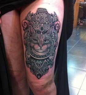 Incredible cat tattoo by Flo Nuttall