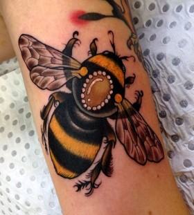 Large bee tattoo by Drew Shallis